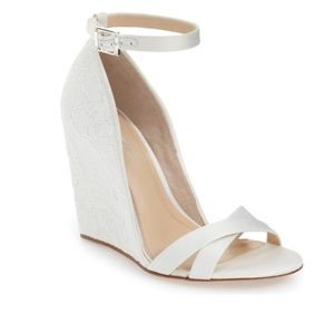 VINCE CAMUTO | Imagine Collection Lilo Lace Wedge